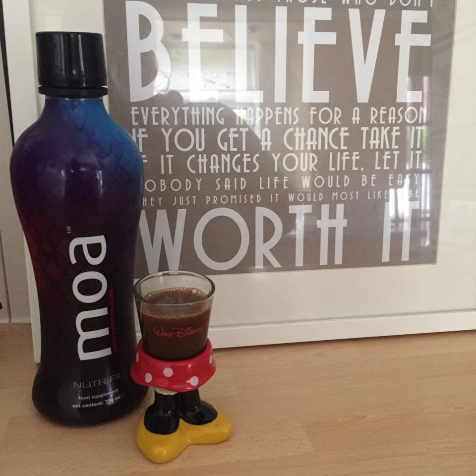 disney-shots-nutrifii-ariix-moa-supplement-drink-review-elle-blonde-luxury-lifestyle-blog