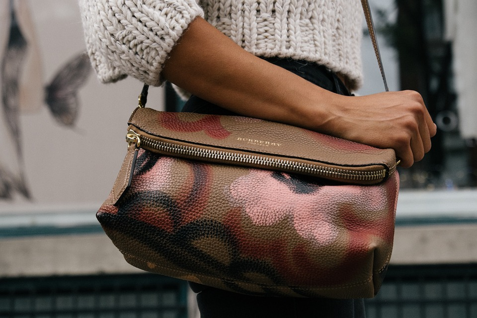 We're no Mary Poppins but come and find out what's in these fabulous North East Blogger's handbags | Elle Blonde Luxury Lifestyle Destination Blog