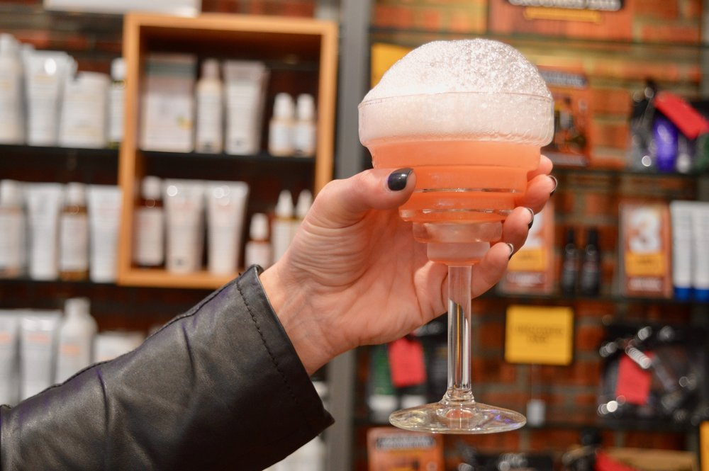 alchemist-bubble-bath-cocktail-kiehl's-blackett-street-newcastle-blogger-event-elle-blonde-luxury-lifestyle-blog