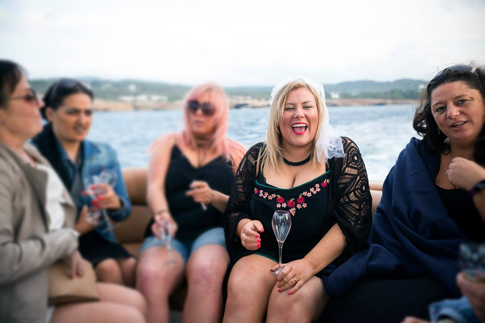 Tips To Plan Your Own Hen Night 7