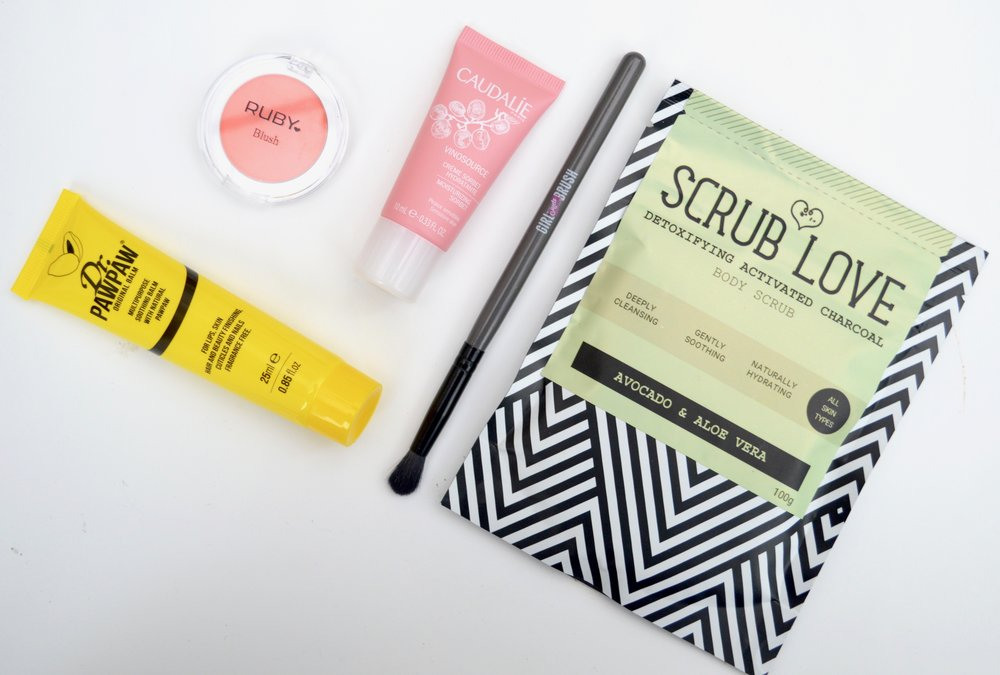 glossybox_may_beauty_box_subscription_elle_blonde_luxury_lifestyle_blog