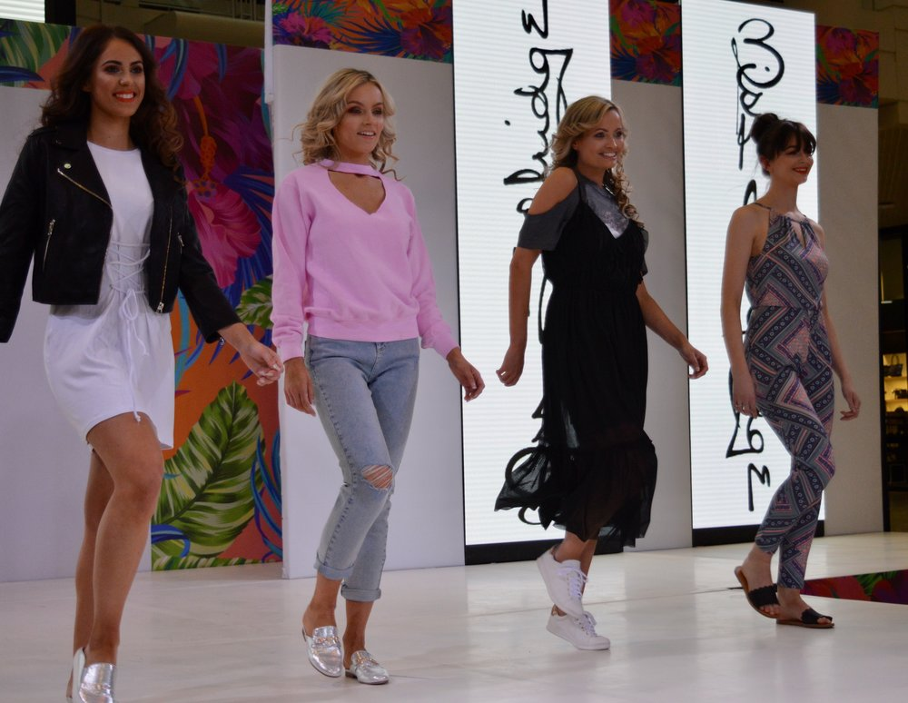 miss_selfridge_intu_metrocenter_fashion_show_summer_event_flamingo_theme_elle_blonde_luxury_lifestyle_blog
