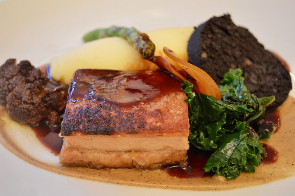 pork-belly-pomme-puree-black-pudding-paul-amer-menu-marco-pierre-white-mpw-hotel-indigo-steakhouse-newcastle-menu-launch-elle-blonde-luxury-lifestyle-blog