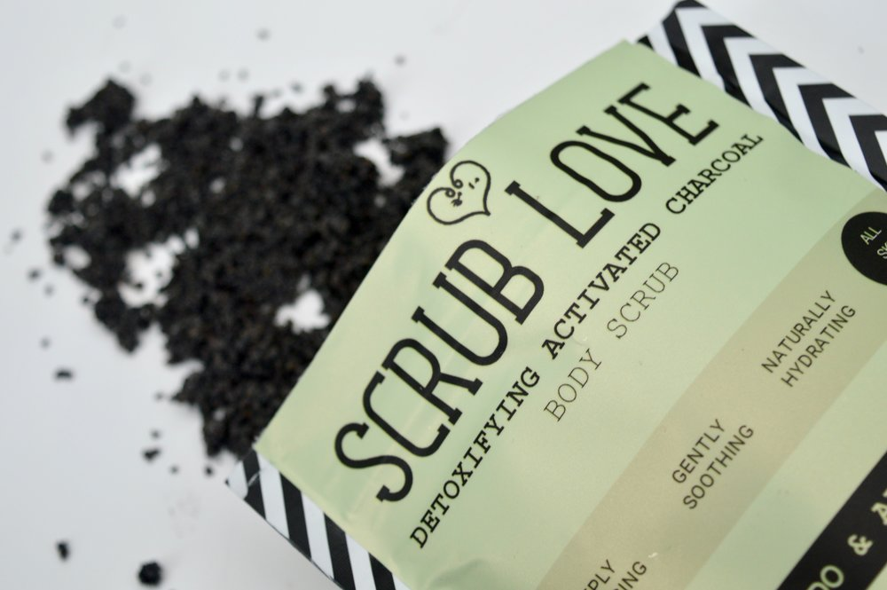 scrub_love_activated_charcoal_avocado_and_aloe_vera_glossybox_may_beauty_box_subscription_elle_blonde_luxury_lifestyle_blog