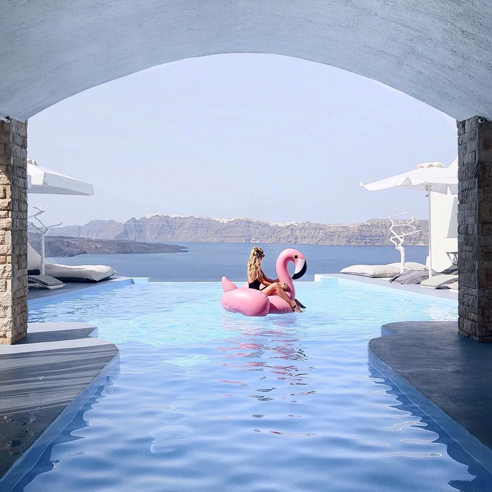 Santorini: Iconic moments on the island that will never go out of style 2