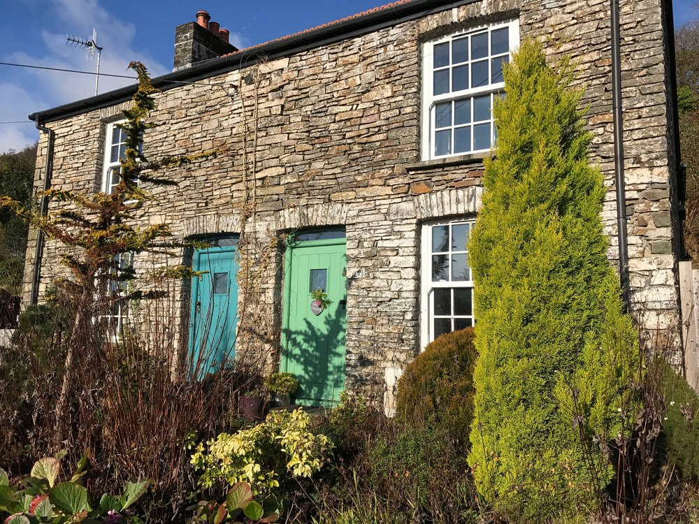 Cottages in Wales Staycations | Planning a Girls' Weekend Away can be difficult, we've got some tips to help relieve the stress | Travel Guide | Elle Blonde Luxury Lifestyle Destination Blog