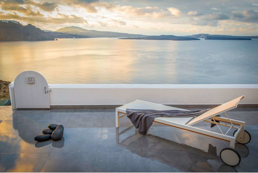 Santorini: Iconic moments on the island that will never go out of style 1