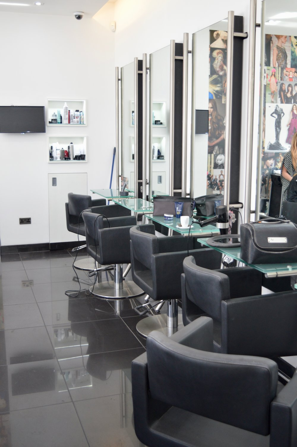 toni-and-guy-newcastle-ridley-place-hairdressers-in-newcastle-elle-blonde-luxury-lifestyle-blog-2