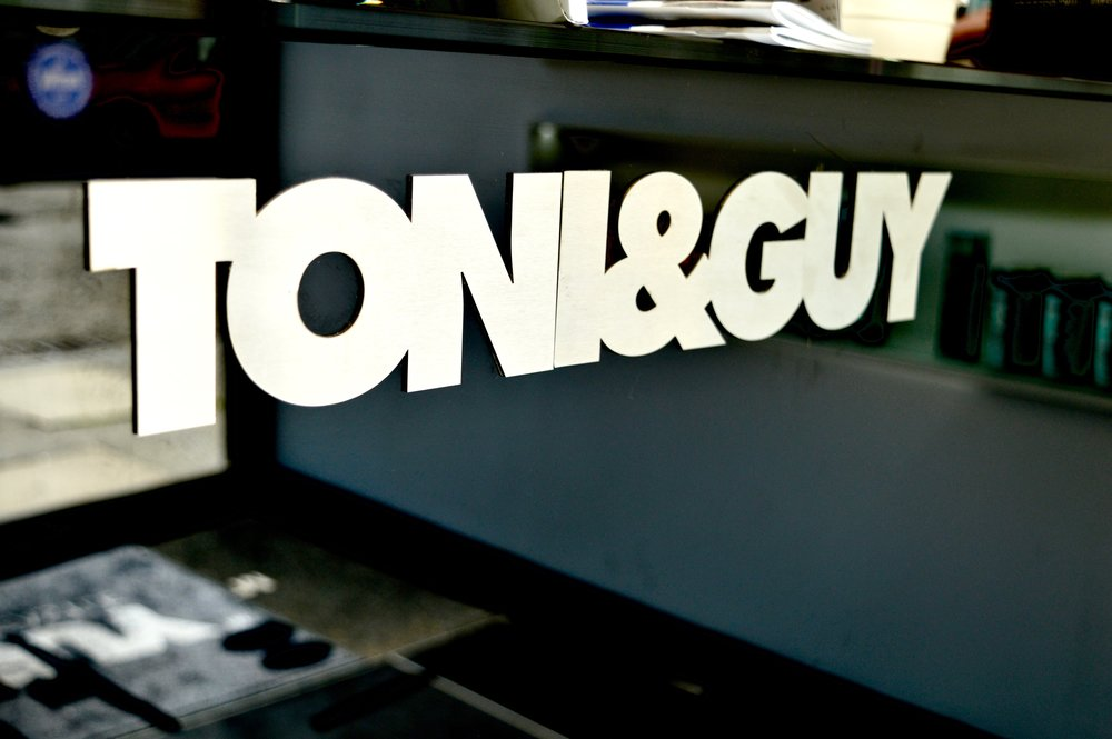 toni-and-guy-newcastle-ridley-place-hairdressers-in-newcastle-elle-blonde-luxury-lifestyle-blog-3