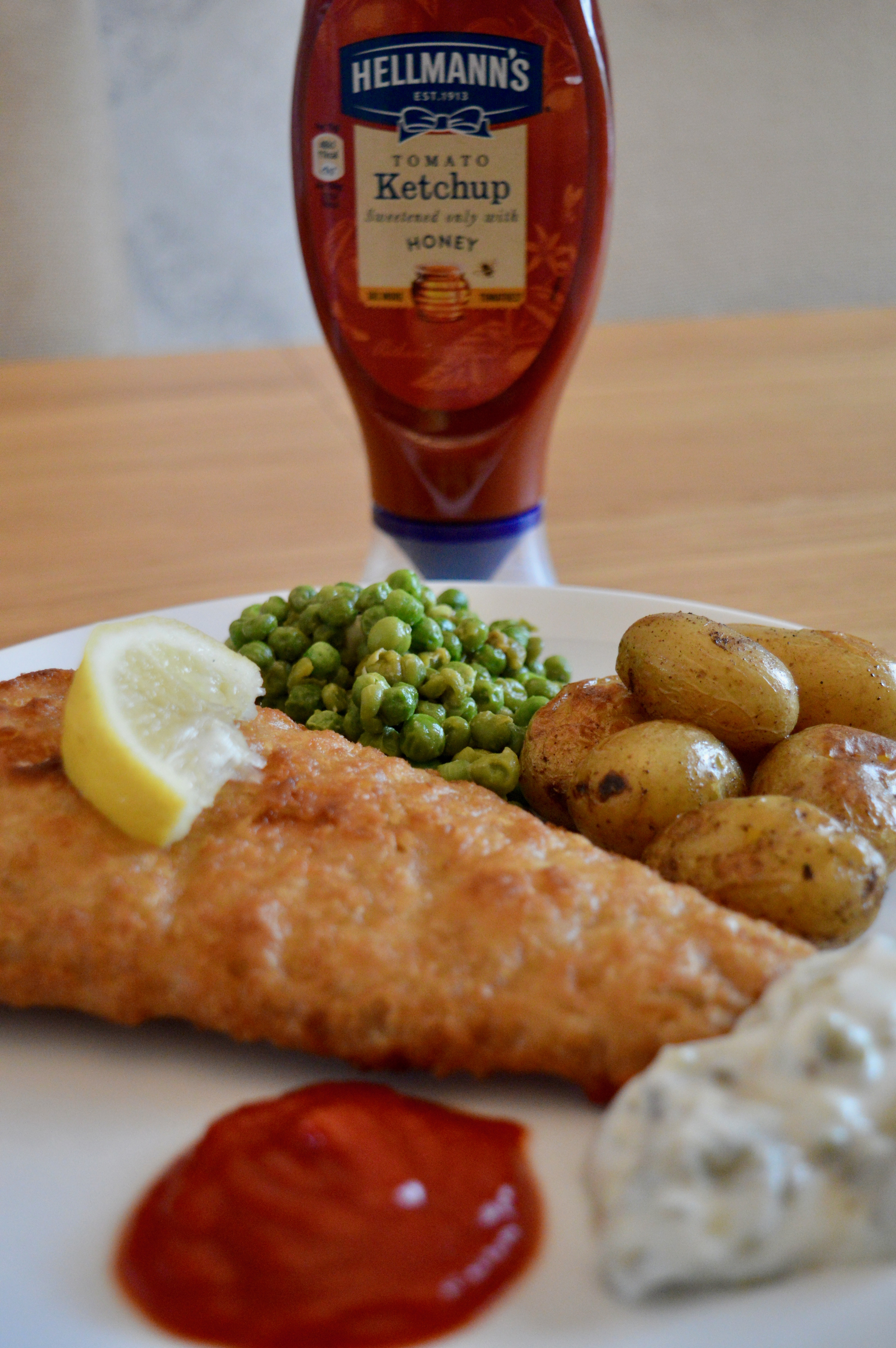 Hellmann's -tomato-ketchup-with-honey-fish-and-chips-elle-blonde-luxury-lifestyle-blog