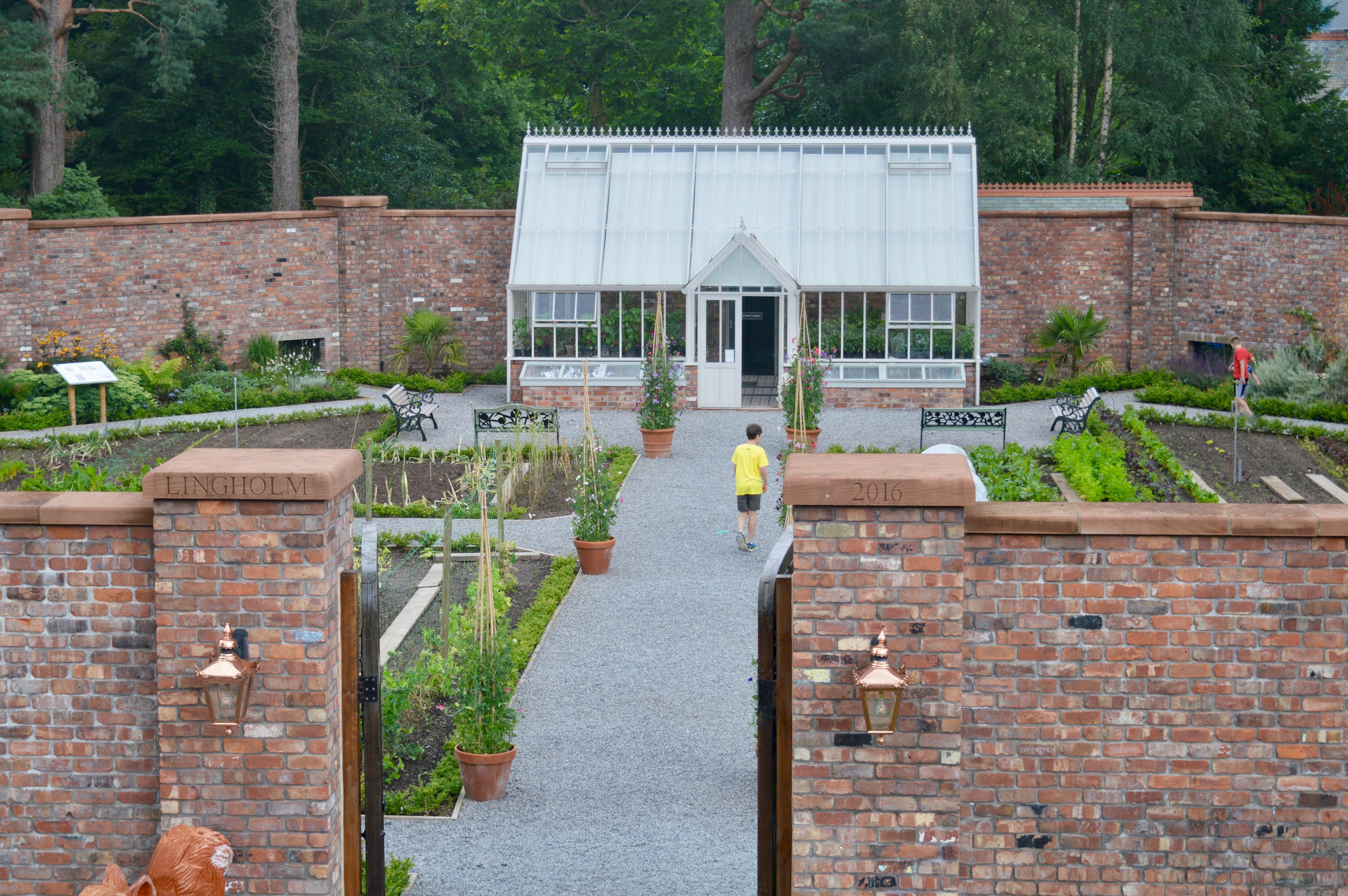 Mr-McGregors-Garden-Beatrix-Potter-Vauxhall-Crossland-X-The-Lingholm-Kitchen-Estate-Keswick-Lake-District-Elle-Blonde-Luxury-Lifestyle-Destination-Blog