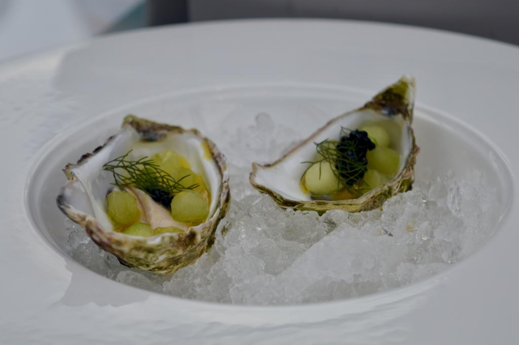 oysters-events-in-the-sky-newcastle-artisan-dining-biscuit-factory-elle-blonde-luxury-lifestyle-blog