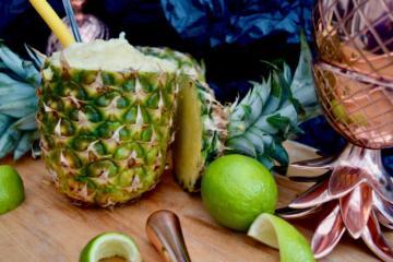 absolut-elyx-frozen-pineapple-daiquari-juicer-elle-blonde-luxury-lifestyle-blog
