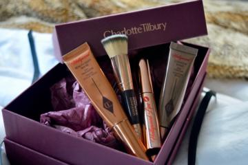box-charlotte-tilbury-make-up-hollywood-secrets-elle-blonde-luxury-lifestyle-destination-blog