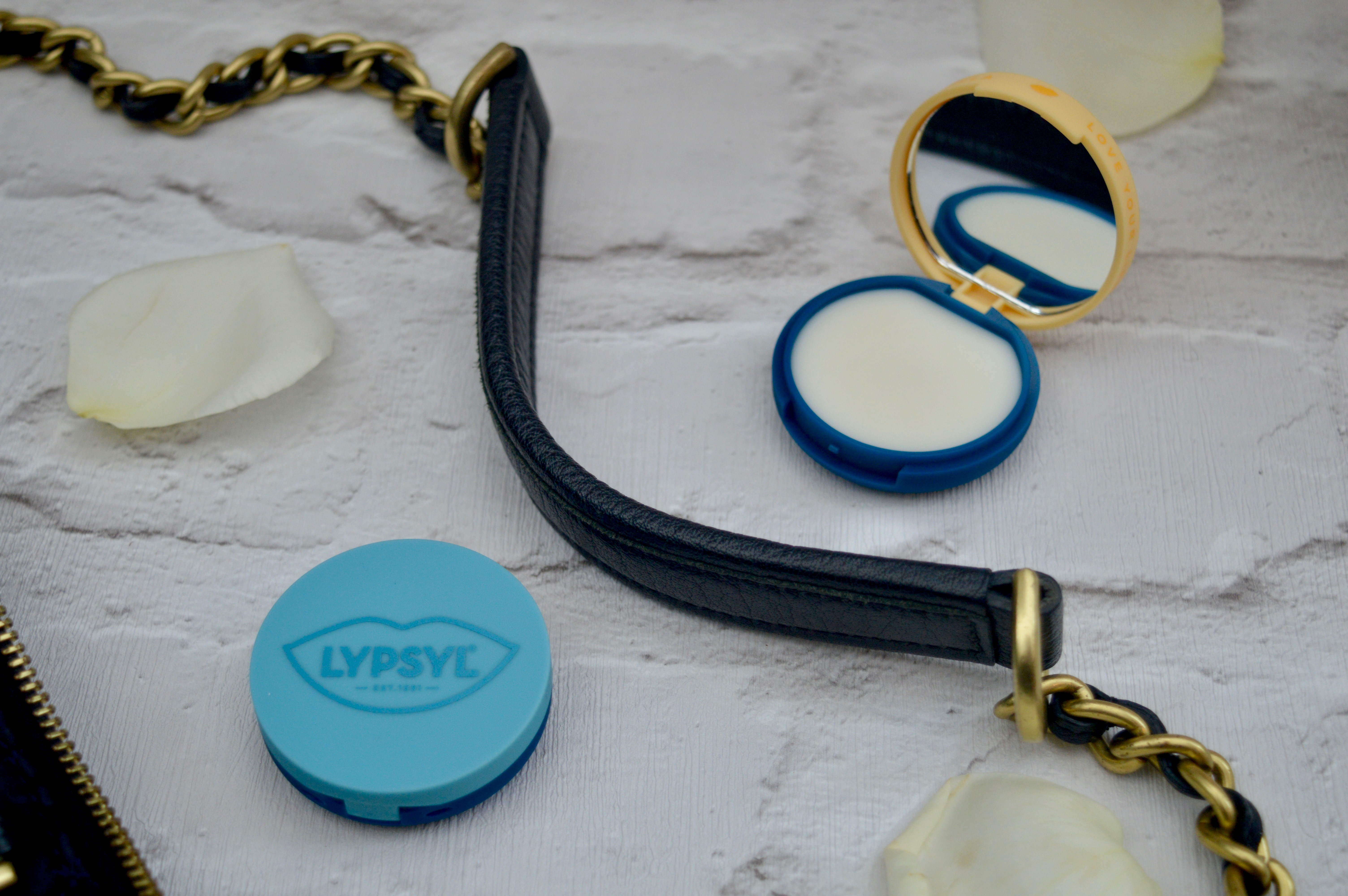 Lypsyl NEW Compact Mirrors in Original & Vanilla | Beauty Blog | Elle Blonde Luxury Lifestyle Destination Blog