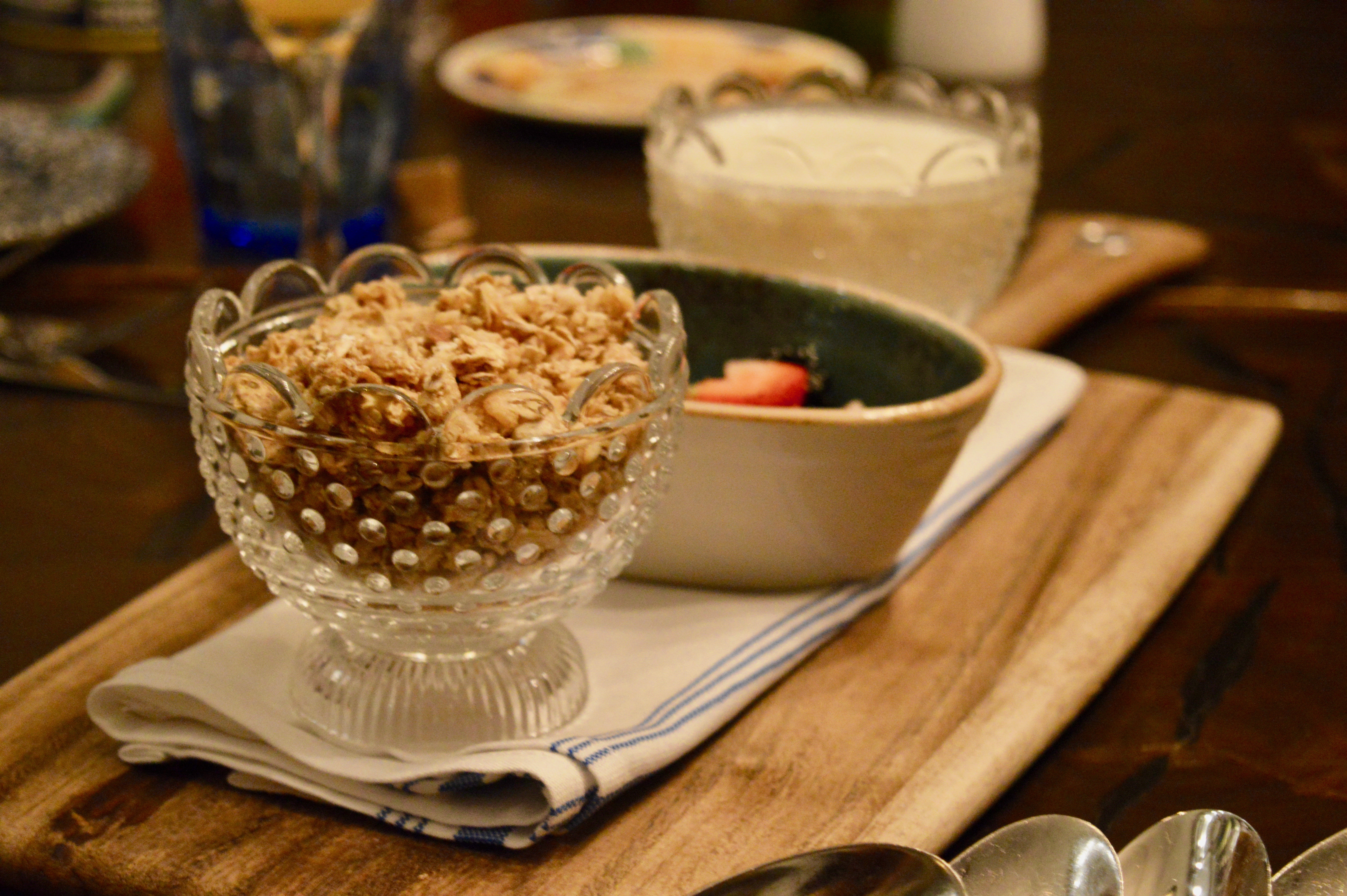 Granola Mercato Della Pescheria PostTurkey Day Thanksgiving Brunch | Italian dining served family style with the Las Vegas Influencers | The Venetian Las Vegas | Elle Blonde Luxury Lifestyle Destination Blog
