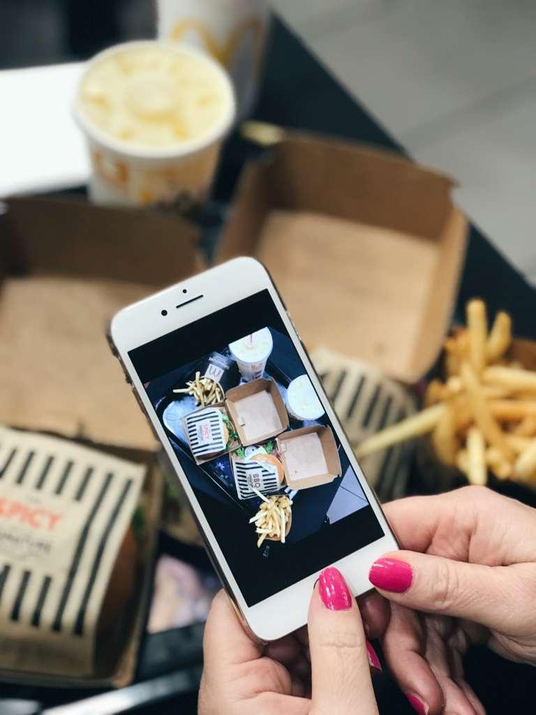 McDonald's Signature Burger Collection in collaboration with Julien Macdonald   Black carpet launch   Elle Blonde Luxury Lifestyle Destination Blog