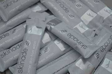 Skinade Celebrities | What is Skinade and is collagen ging to make me younger? | Full Review | Elle Blonde Luxury Lifestyle Destination Blog