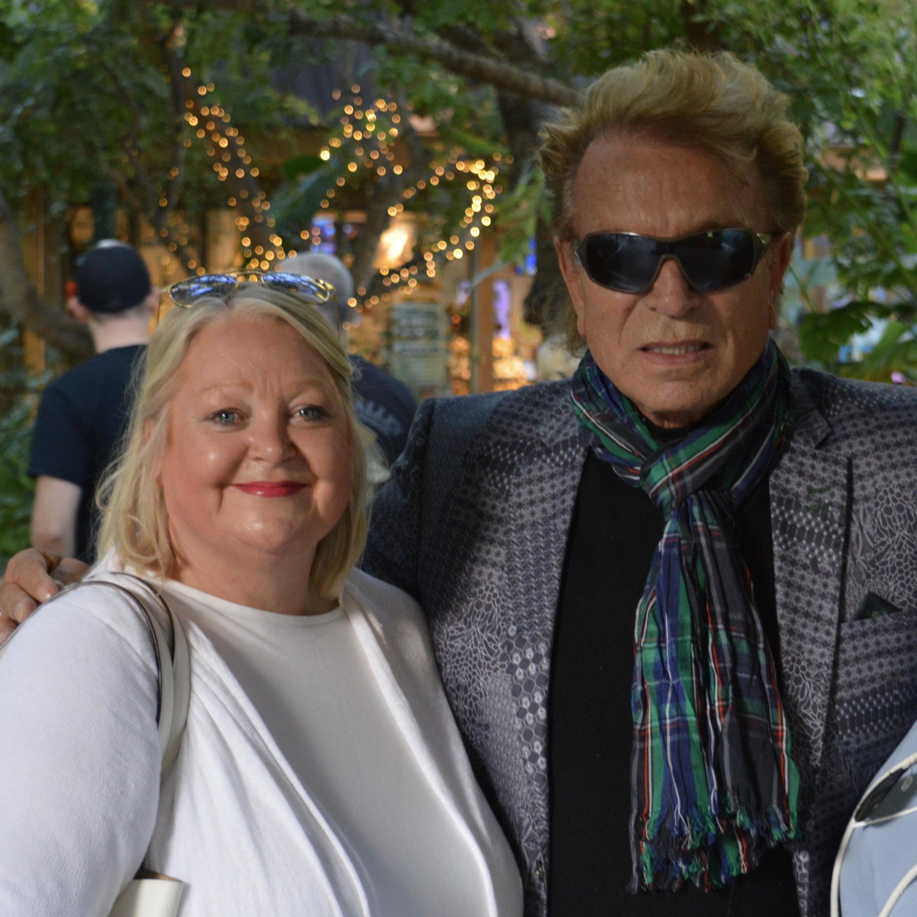 Siegfried & Roy's Secret Garden & Dolphin Habitat at The Mirage. 1