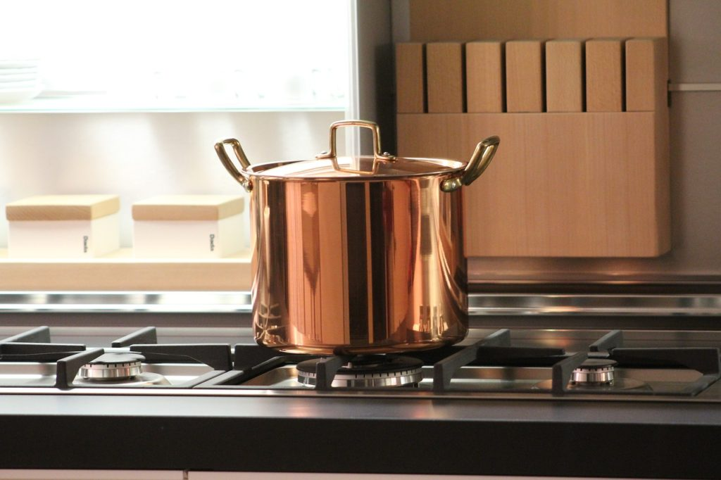 Copper pot   rose gold pans   How to create an expensive looking modern kitchen   Kitchen ideas & inspiration   Home interiors & decor   Elle Blonde Luxury Lifestyle Destination Blog