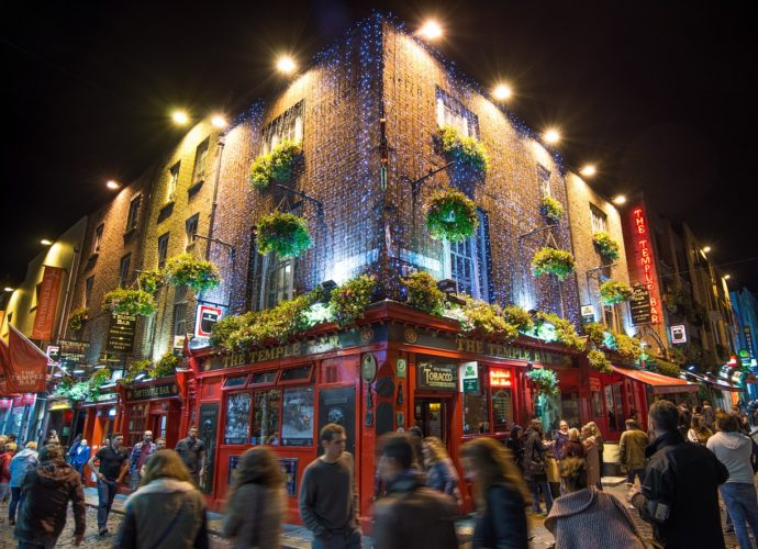 Temple Bar | What's to see and do in Dublin on a Hen or Stag party? Last Night of Freedom check out the coolest bars | Travel Guide | Ireland | Elle Blonde Luxury Lifestyle Destination Blog