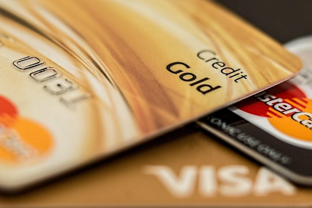 Credit Card - is getting one a good idea to help boost my credit score? Tips for getting a credit card | Elle Blonde Luxury Lifestyle Destination Blog