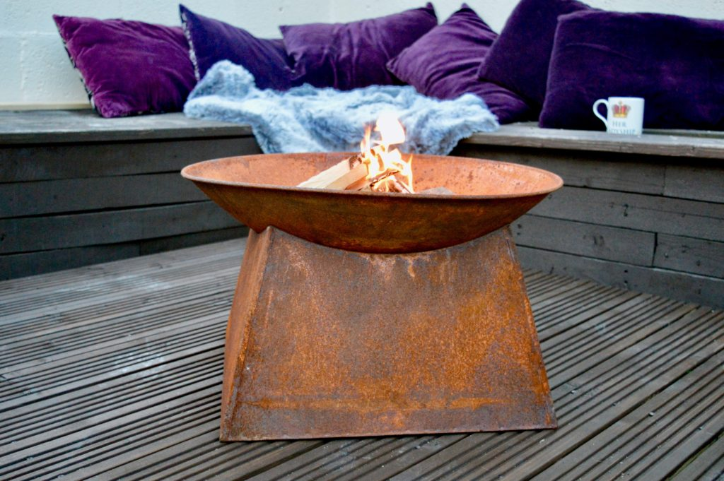 Garden renovation and transformation - styled on Love Island and Ocean Beach Ibiza   DIY Projects and Upcycling   Small garden inspo   Elle Blonde Luxury Lifestyle Destination Blog