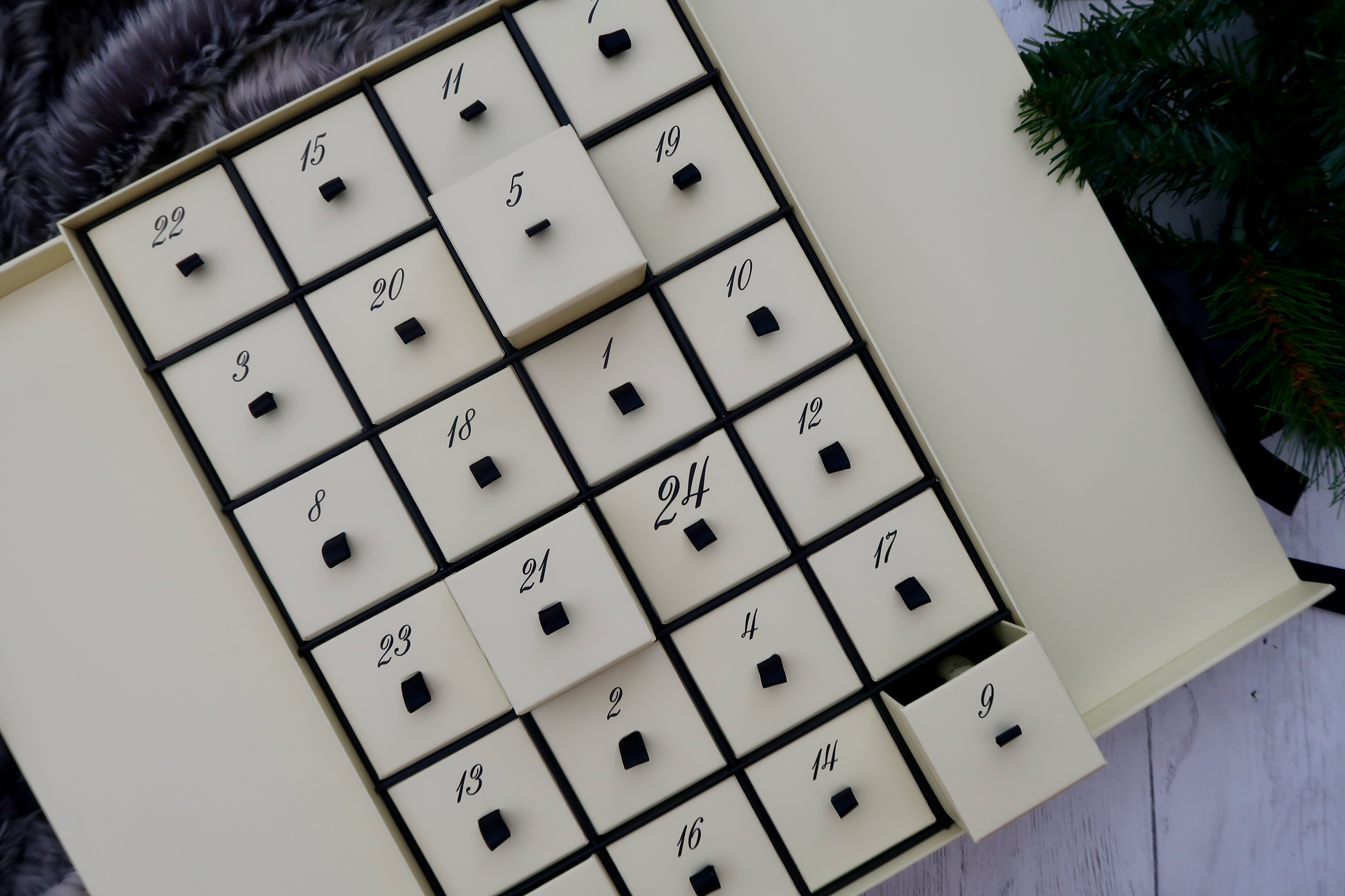 Aldi 'Jo Malone Dupe' Luxury Countdown To Christmas Advent Calendar 2