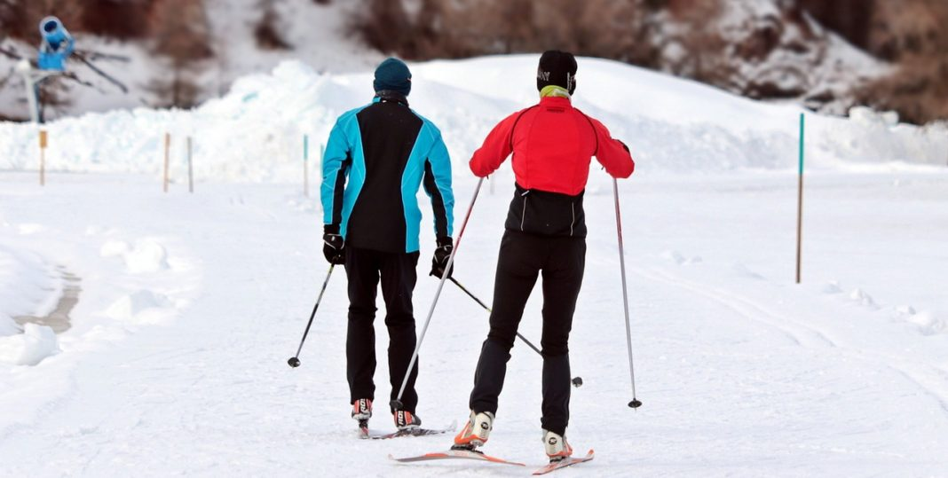 Cross country skiing in the winter | Travel Guide | Elle Blonde Luxury Lifestyle Destination Blog