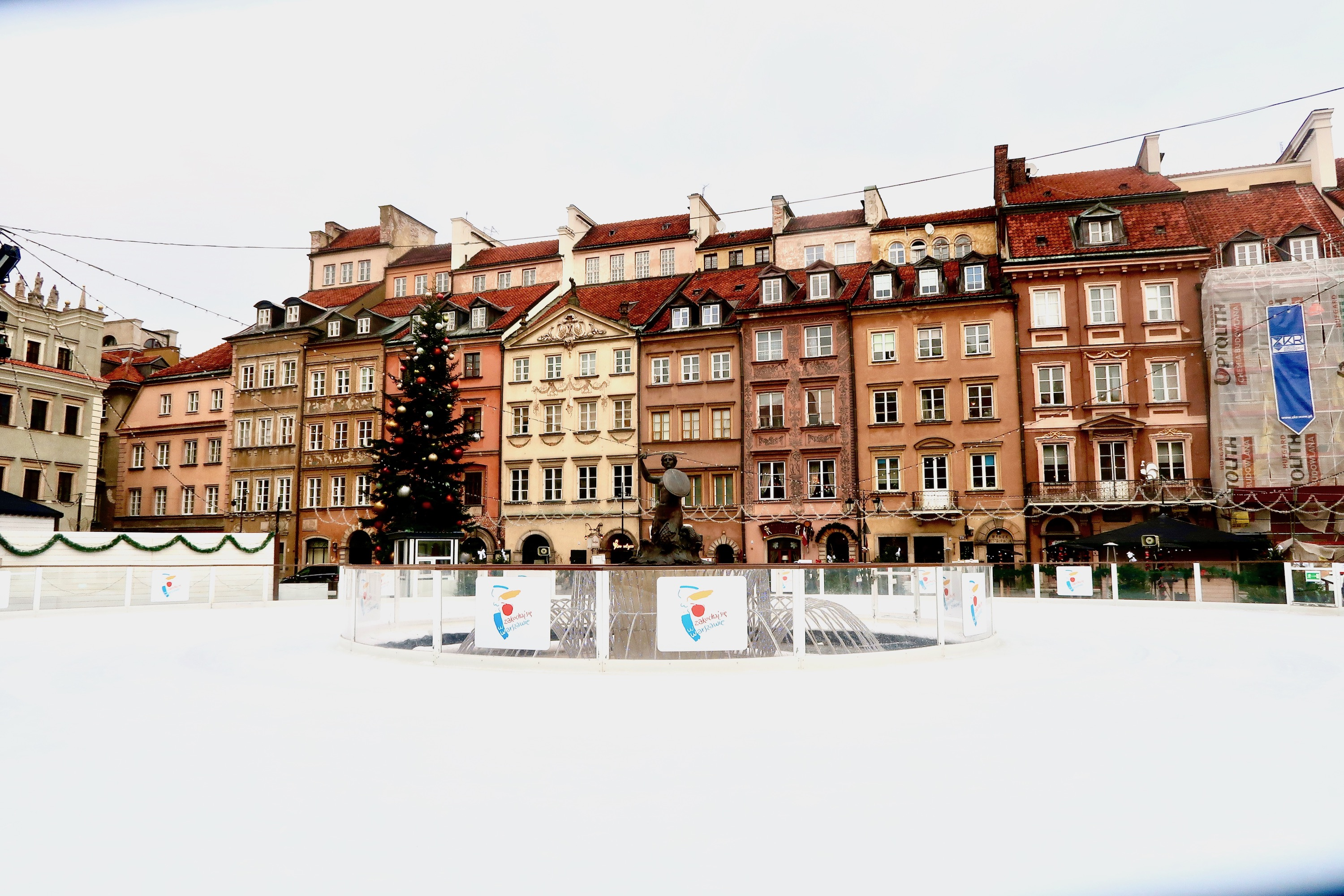 Spending 72 hours in Warsaw? Here's what we recommend doing, visiting and eating in Poland's capital   A guide to Warsaw   Travel guide   Elle Blonde Luxury Lifestyle Destination
