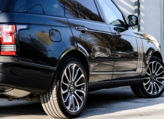 Looking when is best to get your car serviced? Here's our top car care guidance tips | Elle Blonde Luxury Lifestyle Destination Blog