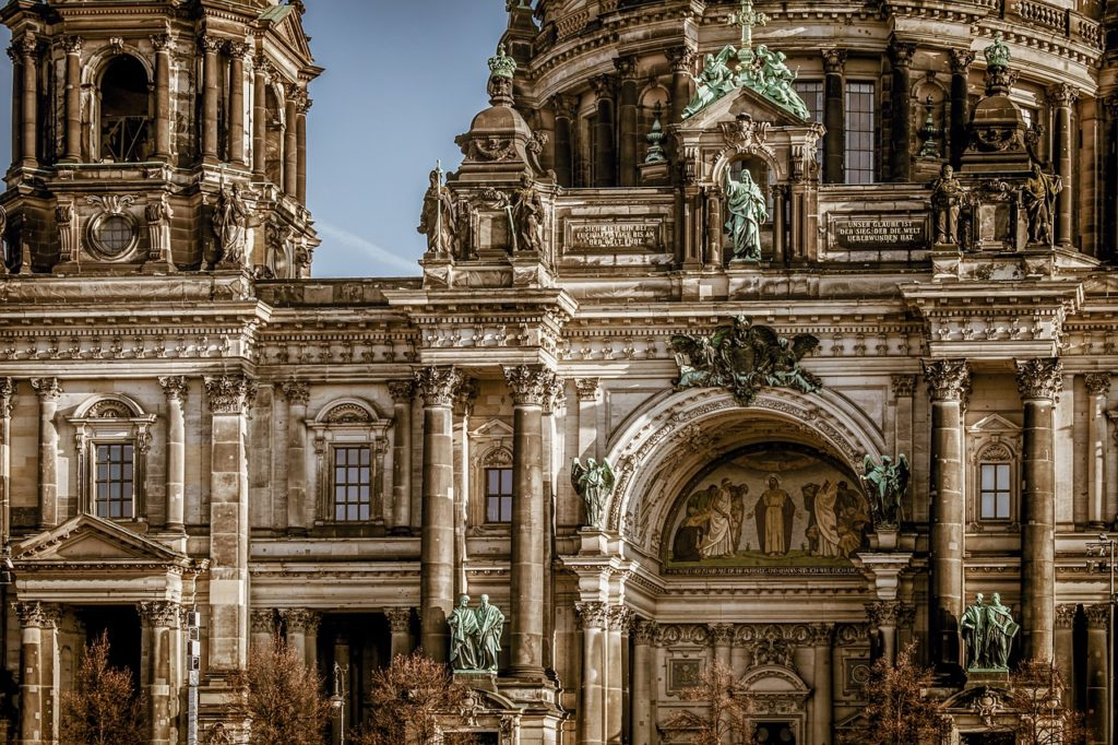 5 Destinations You Must Visit In Europe 2