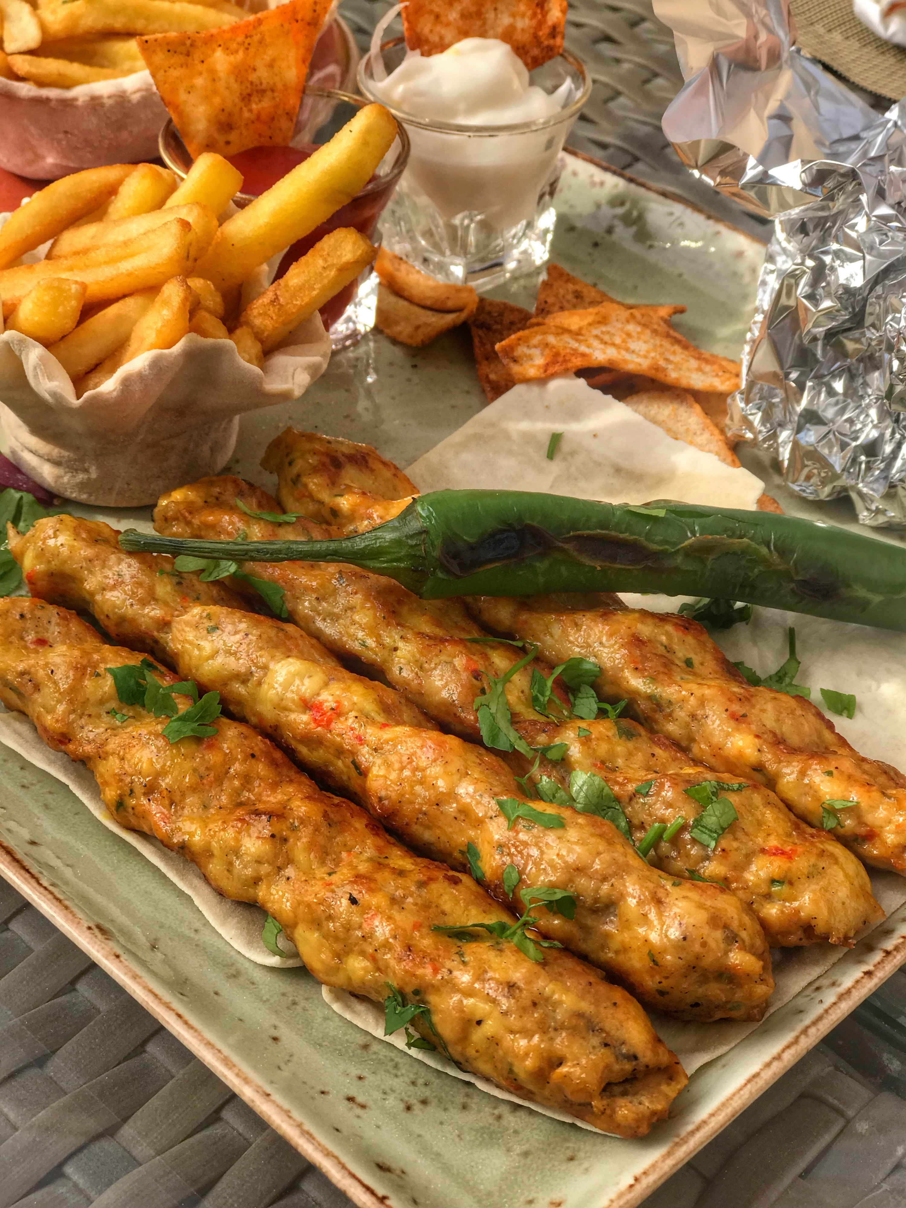 Chicken kebab at The Pearl | Visit Qatar | Doha, the capital of Qatar is located in the Middle East and the World Cup 2022 location. Find out how I spent 4 days on my visit to Qatar | Travel Guide & Tips | Elle Blonde Luxury Lifestyle Destination Blog