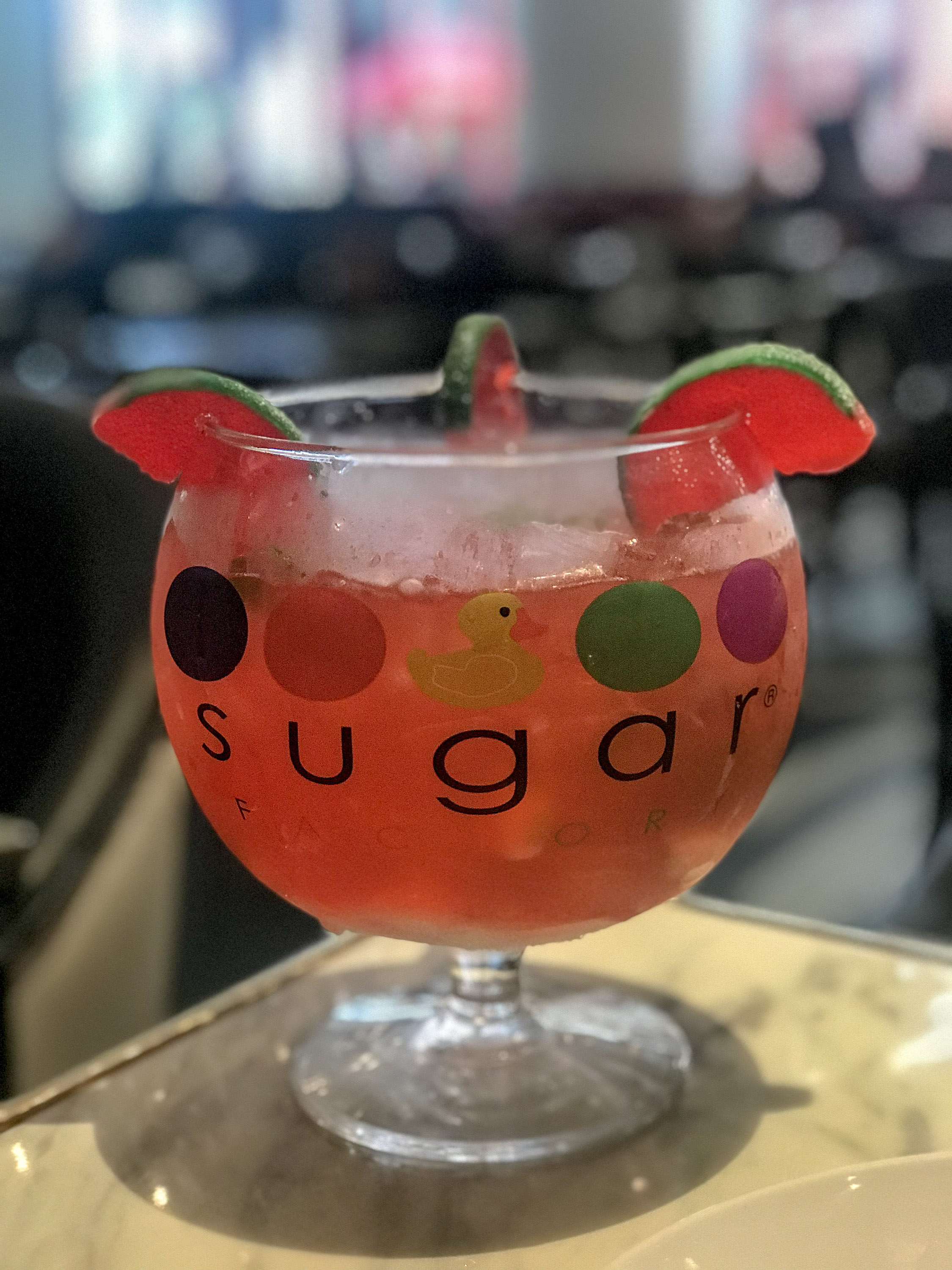 Where's good to eat in Las Vegas? Sugar Factory at Fashion Show Mall is one of my favourite places to dine when in Vegas | Food & Travel Guide | Elle Blonde Luxury Lifestyle Destination Blog