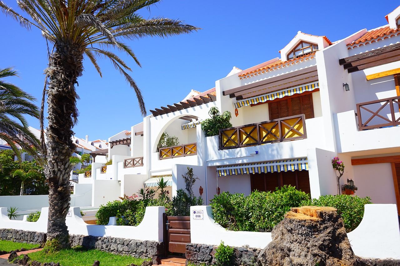 What's to do in Tenerife when the weather isn't great? | Escape Room | Adeje | Travel Guide | Elle Blonde Luxury Lifestyle Destination Blog