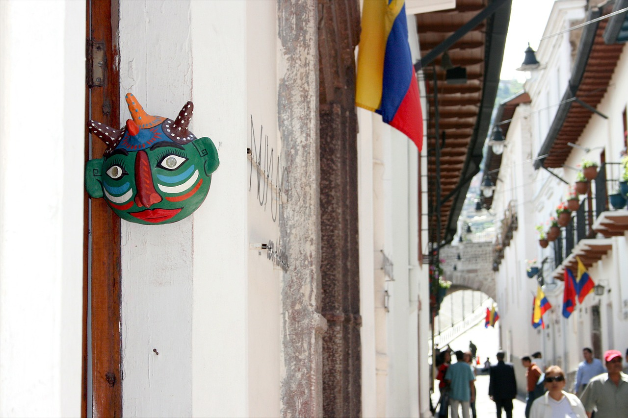 This image has an empty alt attribute; its file name is quito-ecuador-streets-ecuador-travel-guide-guest-post-quito-things-to-do-travel-tips-elle-blonde-luxury-lifestyle-destination-blog.jpg