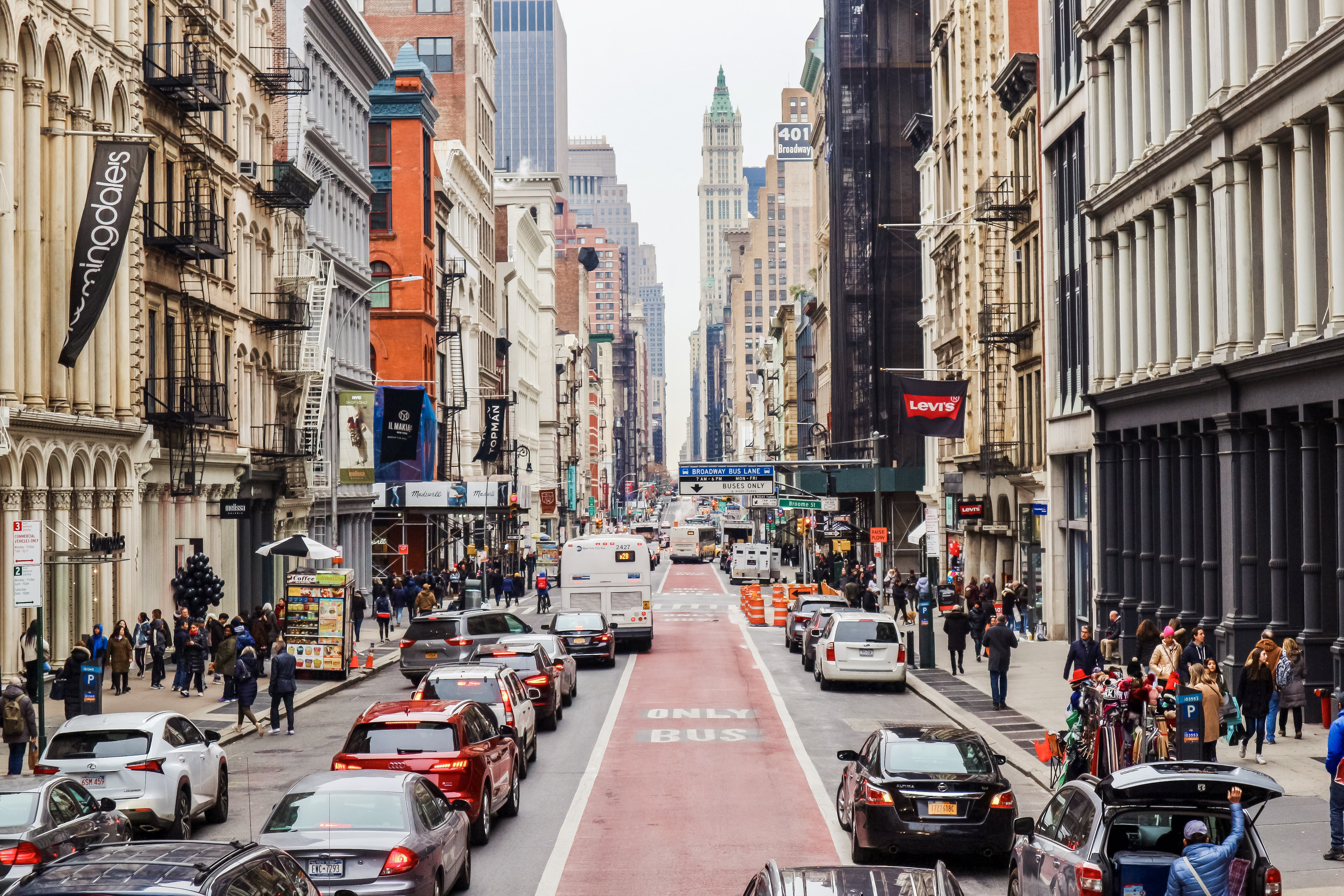 Broadway | 5 top tips for planning a visit to New York City | Things you should know before you visit the big apple | Travel Guide | Elle Blonde Luxury Lifestyle Destination Blog