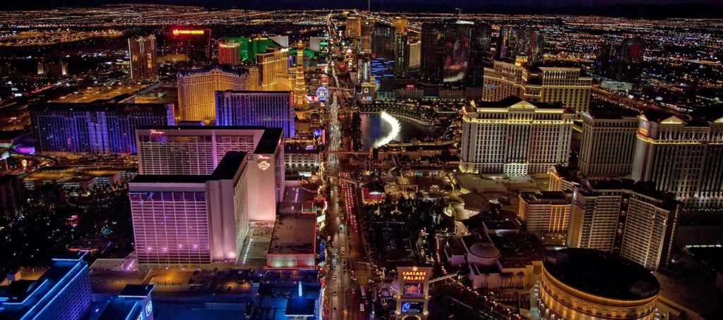 Helicopter Flight over The Strip | If you're looking for things to do in Las Vegas that don't involve gambling we've created the ultimate bucket list of our top 50 things to do in Sin City | From vacation inspo to top tips we have Las Vegas touring covered | Elle Blonde Luxury Lifestyle Destination Blog