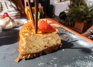 Where to eat in Tenerife   If you're visiting Tenerife you;ll want to head to Arona just out of town to Oliver's out of Town. This British owned restaurant serves up a creative selection of delicious food you won't want to miss out on including the best Sunday Roasts   Travel Guide   Elle Blonde Luxury Lifestyle Destination Blog
