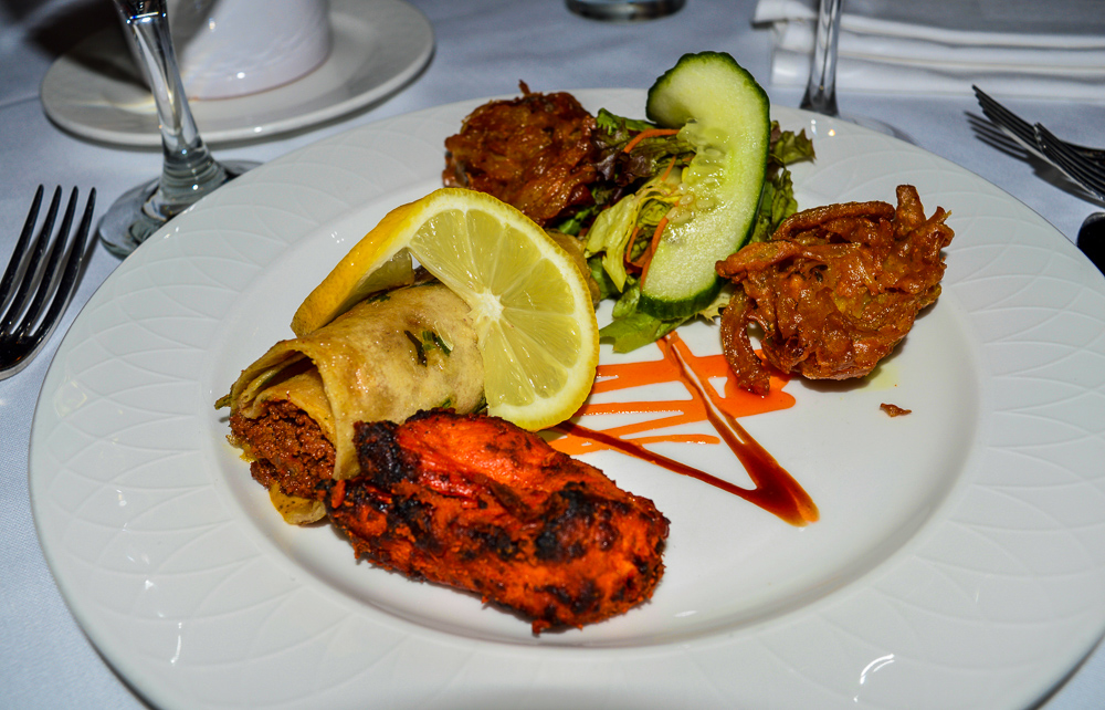 Traditional Indian Starters | Where to eat in Newcastle? | Finding somewhere to eat in Newcastle City Centre isn't difficult but where's good for decent food | We discovered Vujon Indian Restaurant | Food Review | Elle Blonde Luxury Lifestyle Destination Blog