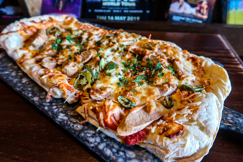 Flatbread | Vegan, Vegetarian and Gluten Free Diets and dining at The Engine Room, The Fire Station in Sunderland | National Vegetarian Week | Elle Blonde Luxury Lifestyle Destination Blog