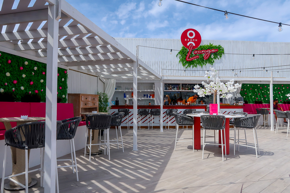O Beach Lounge | Where's good to eat in San Antonio Ibiza, restaurant and food guide | Travel Tips | Elle Blonde Luxury Lifestyle Destination Blog