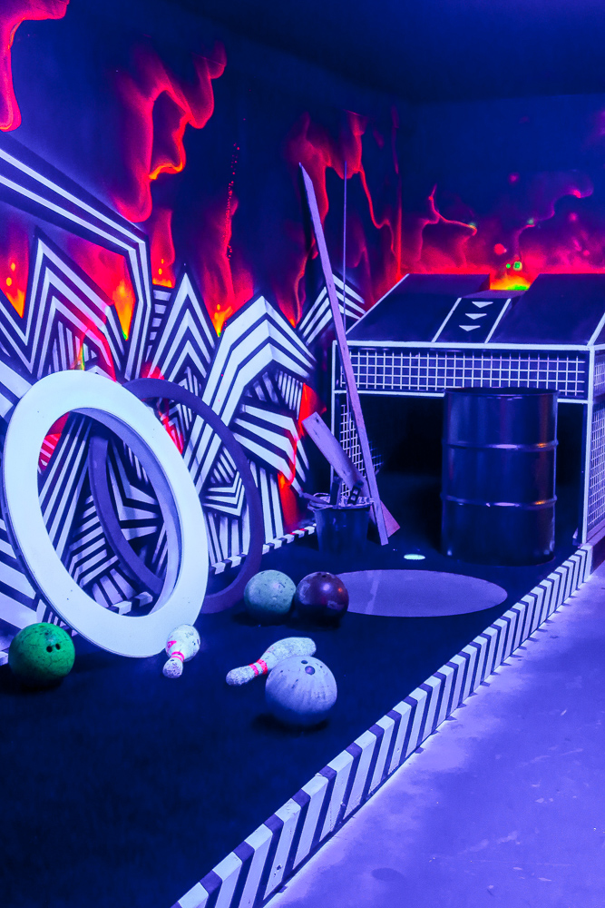 Ghetto Golf Swings into Newcastle | Things to do in Newcastle Crazy Adventure Golf | Elle Blonde Luxury Lifestyle Destination