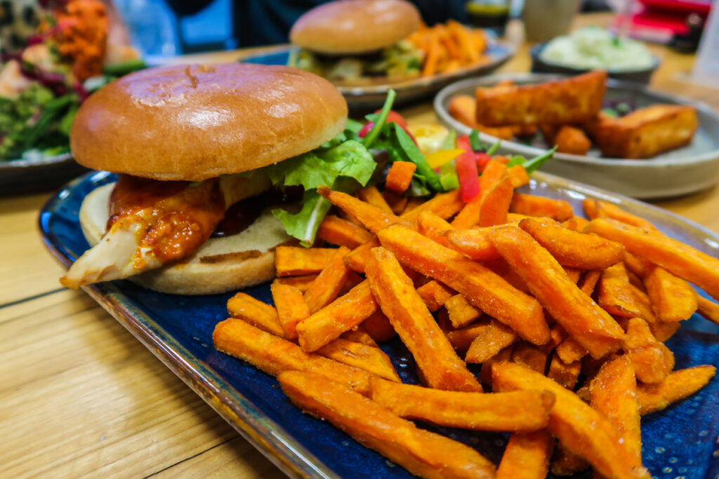 Chicken Burger | Nu to Go | Clean Healthy Eating in Newcastle Gateshead | Vegan, Vegetarian, Gluten Free | Food Review | Elle Blonde Luxury Lifestyle Destination Blog