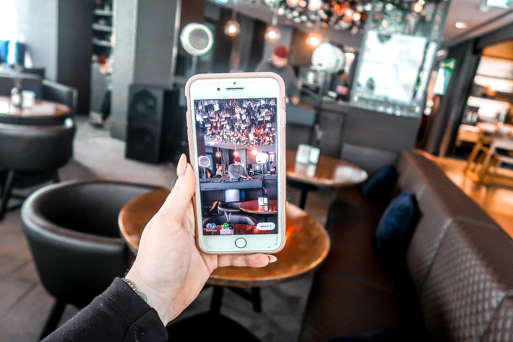 DJ at Brunch | Jaz in the City Hotel | What to do when visiting Stuttgart for the first time | Germany travel guide | Elle Blonde Luxury Lifestyle Destination Blog