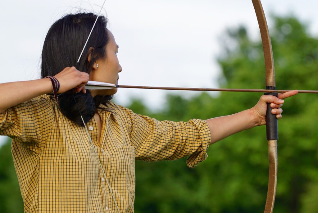 3 Easy Available Types of Hunting Bows for Beginners 2
