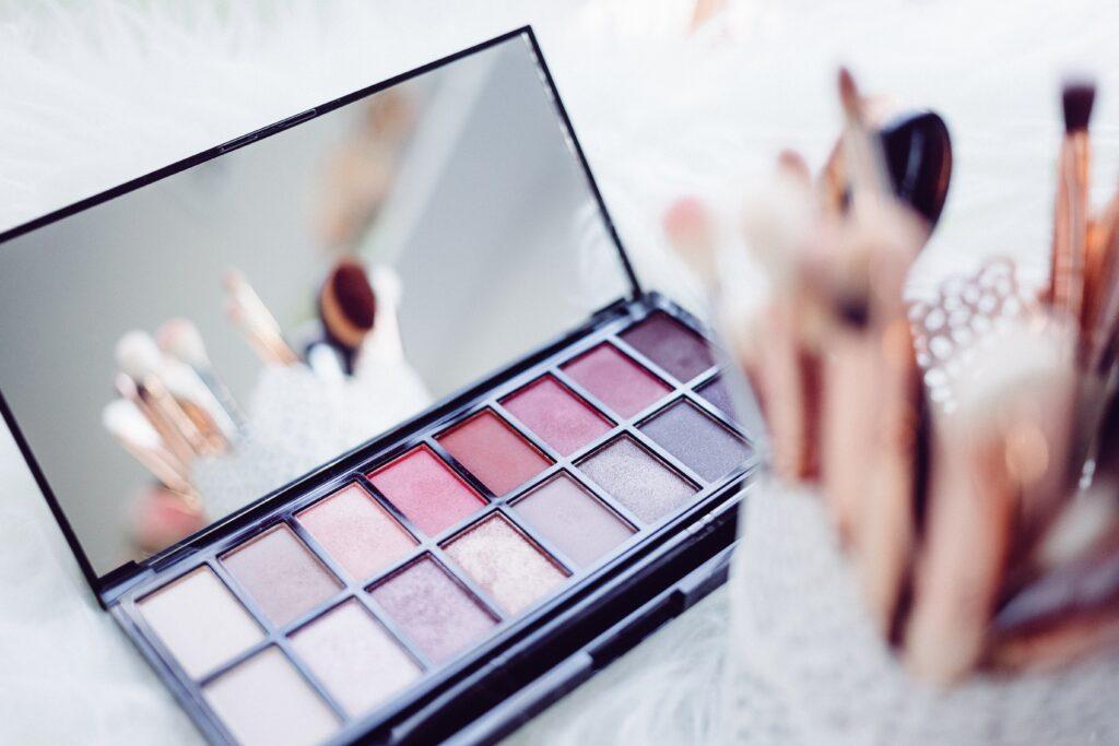 6 beauty hacks for perfect skin   Skin regime   Beauty tips   Elle Blonde Luxury Lifestyle Destination Blog