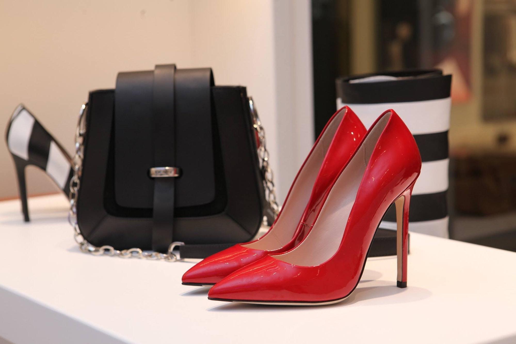 Powerful Style Business Dress   Business Fashion   Elle Blonde Luxury Lifestyle Destination Blog
