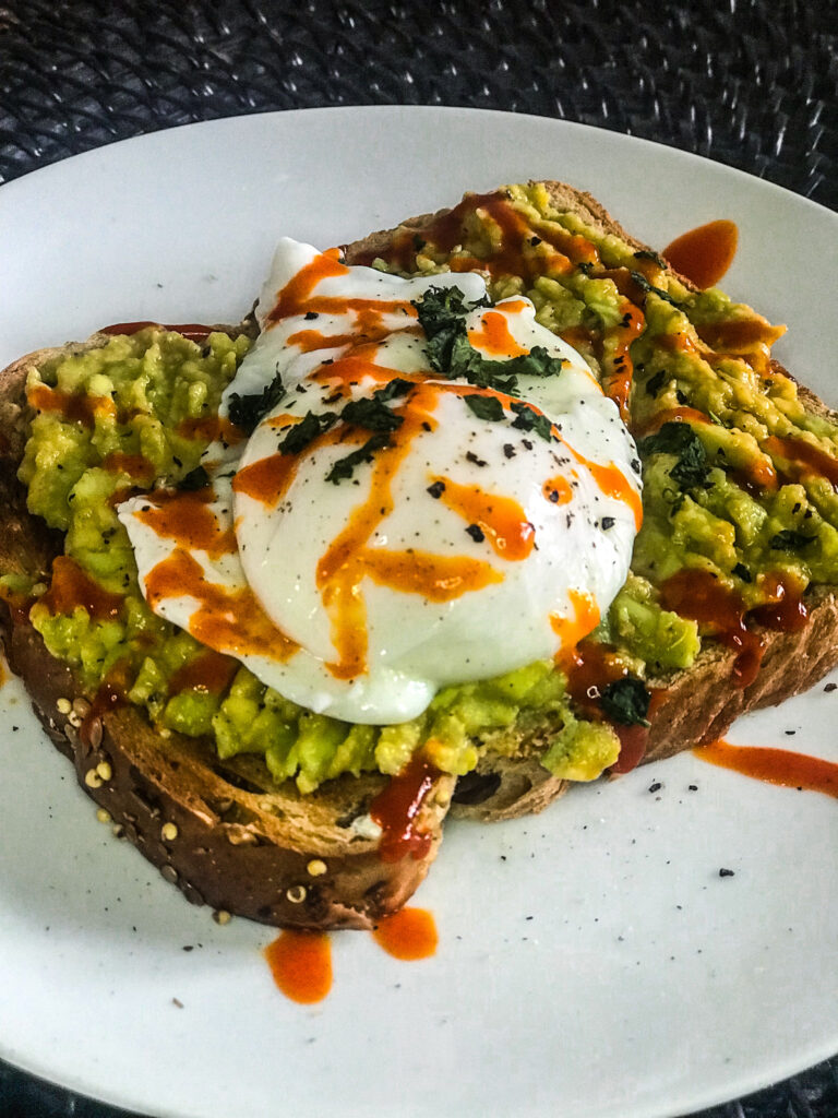 Perfect Poached Eggs Recipe | Nutritional Information Facts | Quarantine Homemade Left Over Cupboard Store Item Recipes | Elle Blonde Luxury Lifestyle Destination Blog