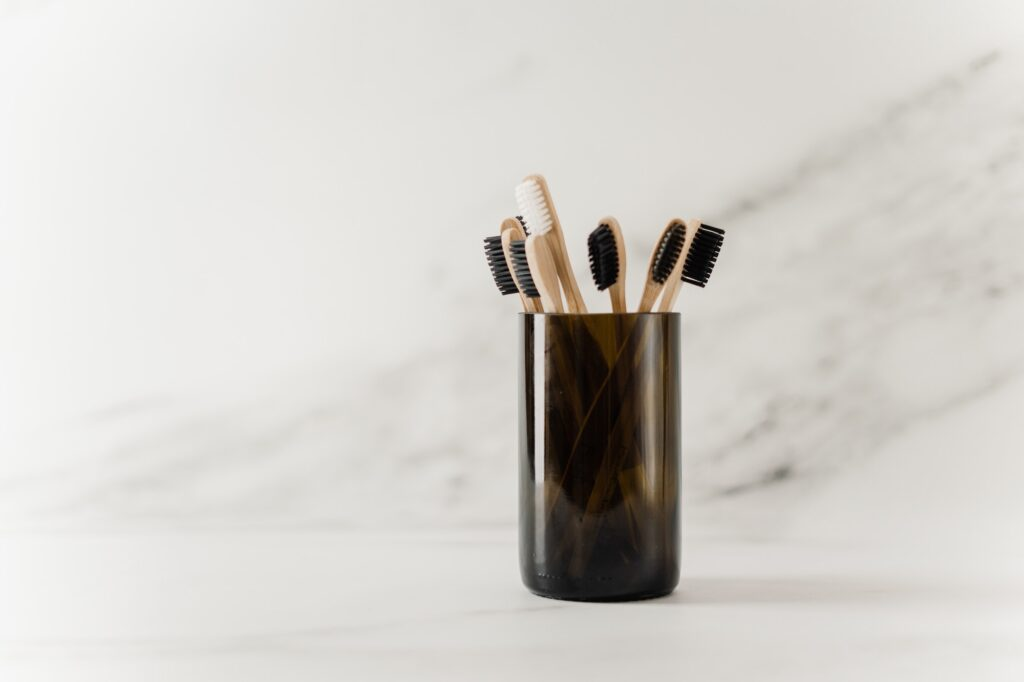 Lots Of Toothbrushes | 4 Tips For Better Oral Hygiene For A Beautiful Smile | Beauty & Health Tips | Elle Blonde Luxury Lifestyle Destination Blog
